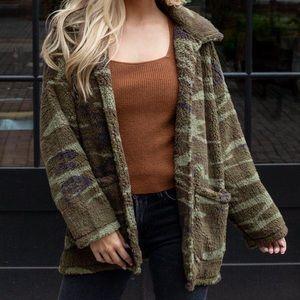 Z Supply camo Sherpa teddy jacket